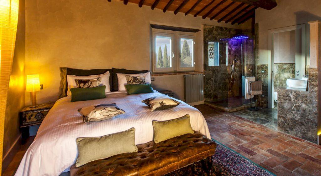 Villa Vitigliano luxury villa in Tuscany